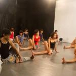 Biên đạo múa Tấn Lộc giúp các thí sinh Top Model
