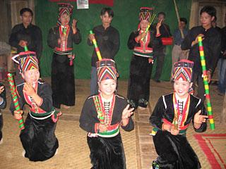 1646-khomu-mua-ong-eo
