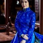 Linh Nga làm người mẫu áo dài khi mang bầu ba tháng