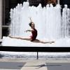 Vũ khúc ballet giữa đường phố của các thiếu nữ xinh đẹp