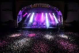 Sân khấu hoành tráng tại lễ hội Latitude