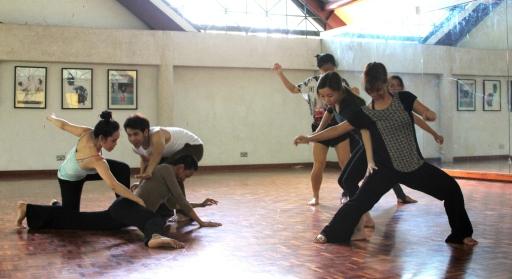 Một buổi học múa do Đỗ Hải Anh tổ chức