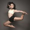 Võ Hồng Nhung: Cô gái đứng ở góc phòng