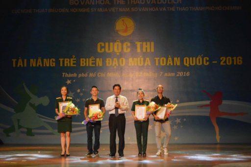 Tai nang bien dao tre mua 2016 2